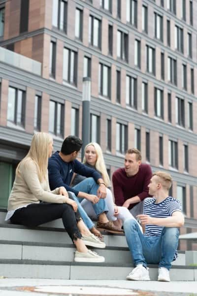 Students at Frankfurt School's Campus